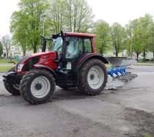 tractor-332994_640